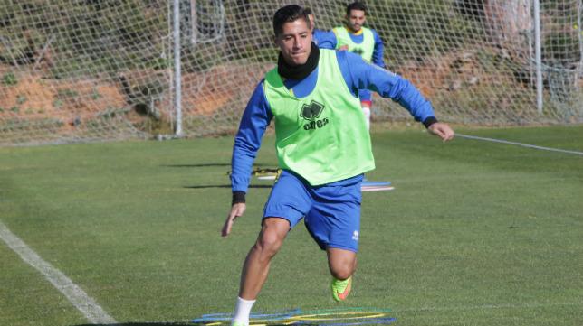 Hugo Rodríguez, en un entrenamiento en El Rosal.