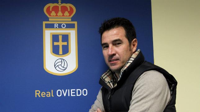 El exfutbolista mexicano Joaquín del Olmo, ahora en el Real Oviedo.