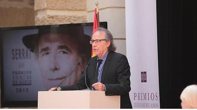 Serrat recoge el premio Cortes de Cádiz de la música
