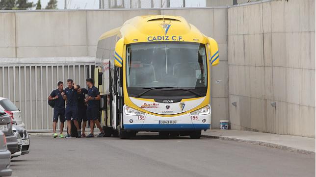Cinco autobuses viajarán a Huelva replatos de aficionados del Cádiz CF.