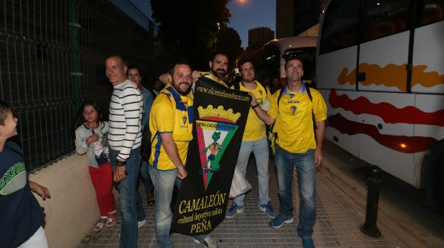 Imagen de los aficionados que se desplazaron a Oviedo en autobús.