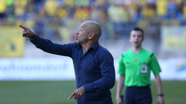Claudio Barragán satisfecho con su equipo