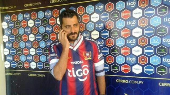 Dani Güiza, en las filas del Cerro Porteño de Paraguay.