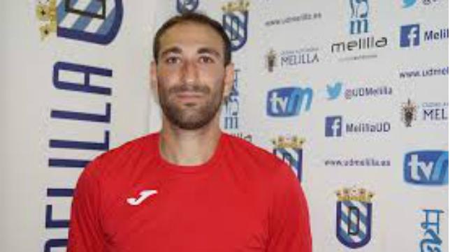 Juanjo, jugador de la UD Melilla