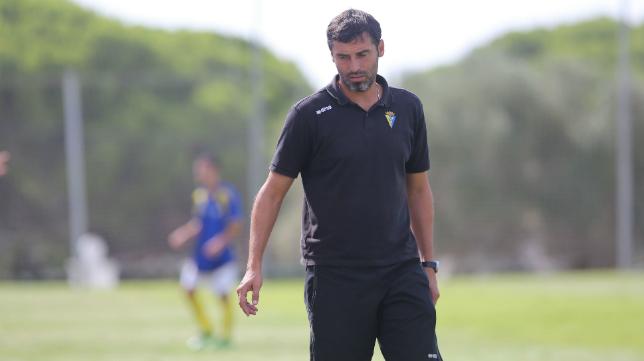 El Cádiz B de Fernando Niño no reacciona