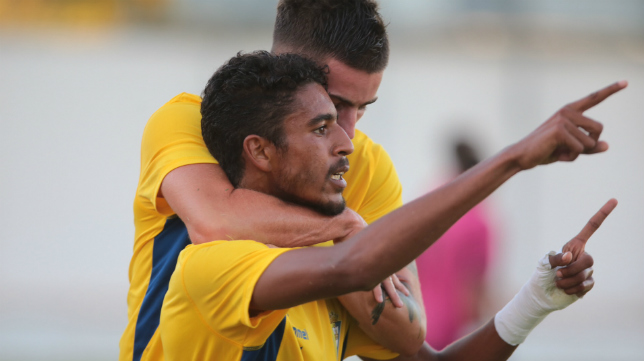 Román es clave en el gran arranque liguero del Cádiz CF B