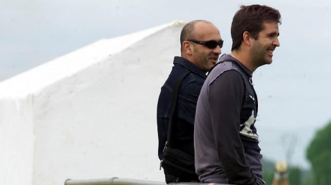 Zafra padre, en su época de jugador, junto a Alberto Benito.