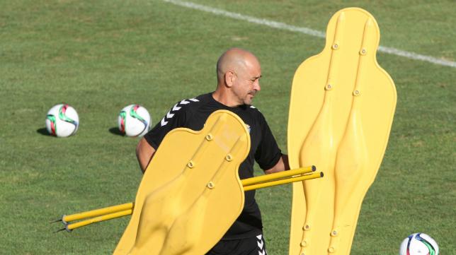 Claudio Barragán en un entrenamiento en El Rosal.