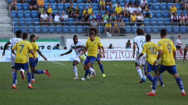 Cádiz CF y Granada disputaron la final de consolación.
