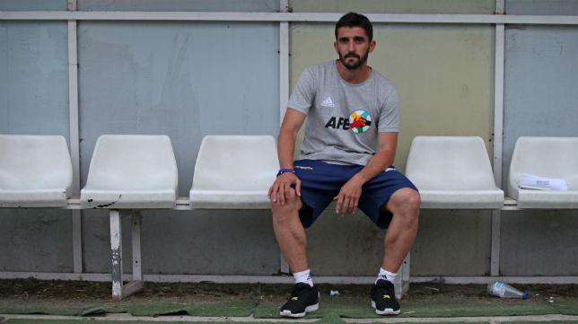 Víctor Fernández, entrenador del Cartagena, prepara a fondo la visita del Cádiz CF