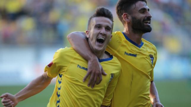 Salvi marcó ayer un gol de badera