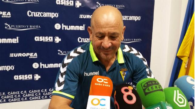Claudio en rueda de prensa en El Rosal