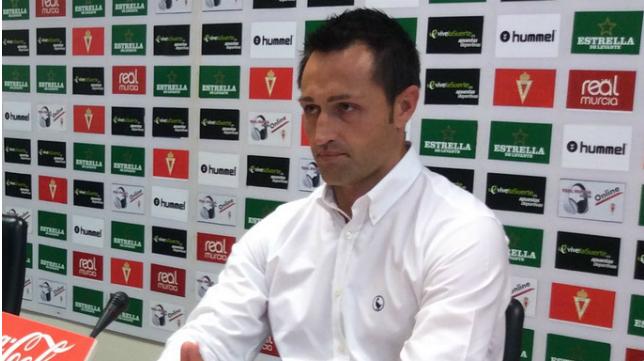 Jose Manuel Aira, mister del Real Murcia