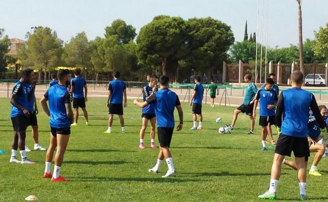 El Cádiz CF se entrenó en Totana (Cádizcf.com)
