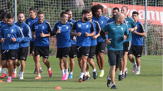 El Cádiz CF volvió al trabajo en El Rosal