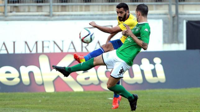 Dani Güiza en un lance del partido ante el Villanovense