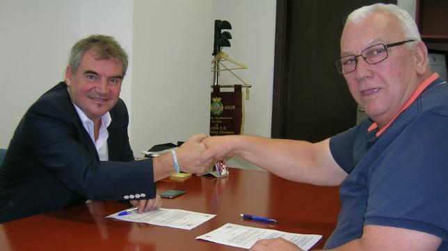 Las relaciones entre Manuel Vizcaíno y la Asociación Gaditana de Clubes de Fútbol Modesto no pasan ahora por su mejor momento.