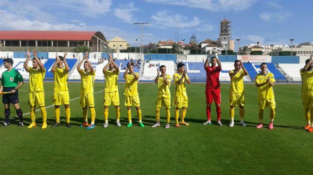 Alberto Cifuentes fue clave en la victoria del Cádiz CF en Melilla