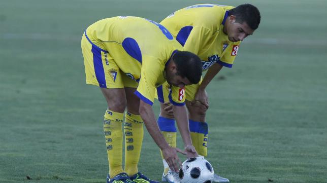 Enrique y Caballero mantenían una buena relación cuando compartían vestuario en el Cádiz CF.