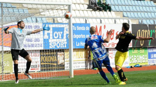 El Cádiz CF hizo el ridículo en Lorca en la temporada 2013-14, con Agné en el banquillo.