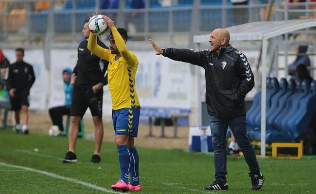 Claudio, en el partido ante el Murcia.