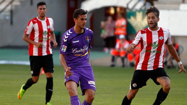 Juan Villar en un partido con el Valladolid.