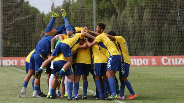 El Cádiz CF B goleó en El Rosal
