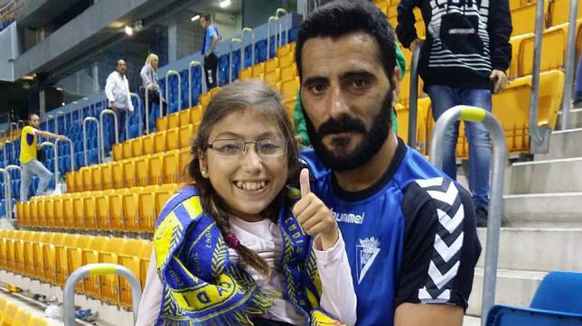 Güiza le regaló su camiseta a Aitana.
