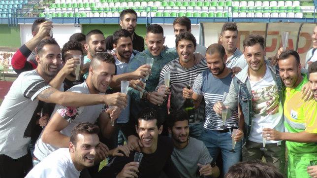 El Villanovense celebró el resultado del sorteo por todo lo alto.