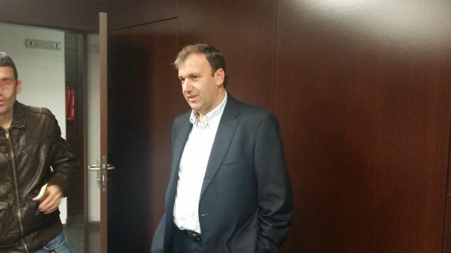 Rafael Fernández en la sala de prensa del Estadio Ramón de Carranza
