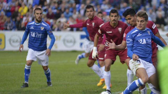 Garrido sigue la jugada en Linarejos