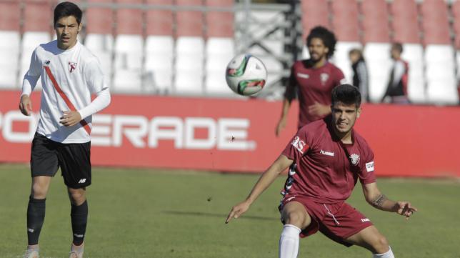 Alberto Quintana en el partido ante el Sevilla Atlético