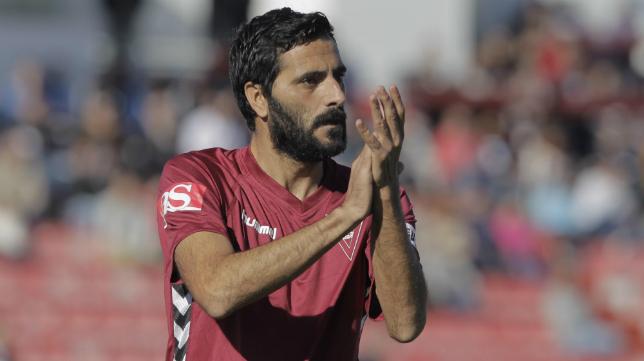 Dani Güiza en un partido del Cádiz CF esta temporada