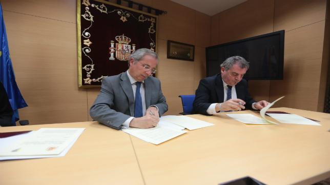 Javier de Torre y Manuel Vizcaíno sellaron el acuerdo