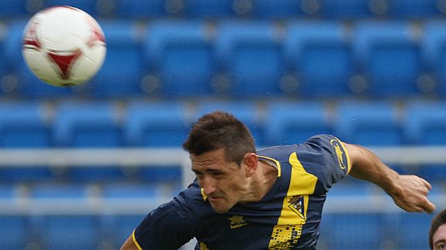 Belencoso, en un partido con el Cádiz CF.