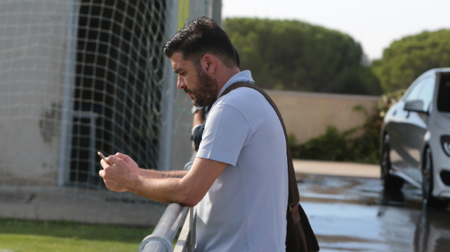 Enrique Ortiz, secretario técnico del Cádiz CF, en El Rosal.