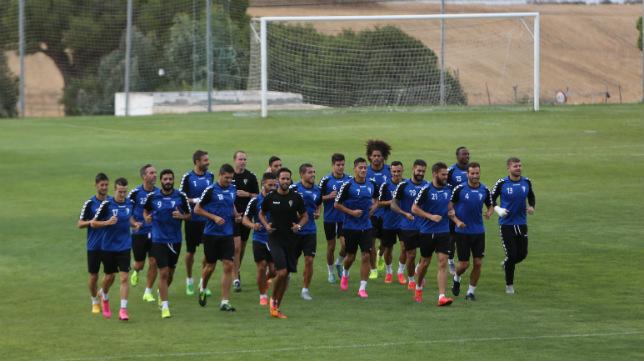 El Cádiz CF no puede permitirse el lujo de tropezar otra vez en su estadio.