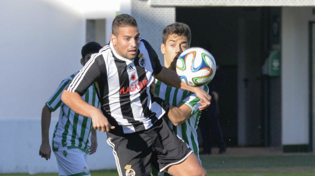 Canario volverá a vestir la camiseta albinegra por tercera temporada consecutiva.