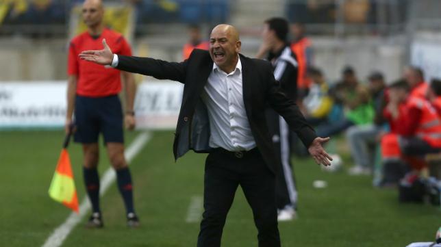 Claudio, durante el encuentro ante la Balona.