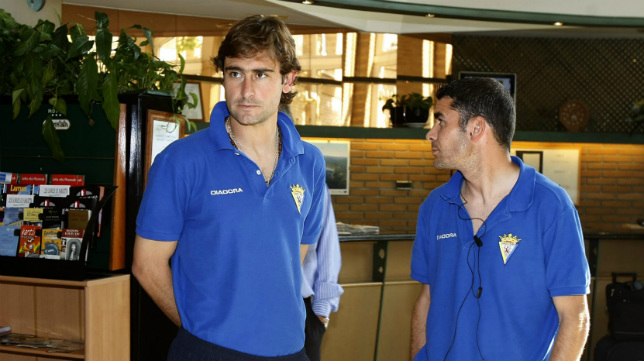 Andrés Fleurquin, junto al hoy secretario técnico del Cádiz CF, Enrique Ortiz.