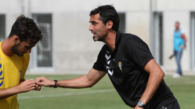 Fernando Niño y su Cádiz CF B no pasan por su mejor momento de la temporada