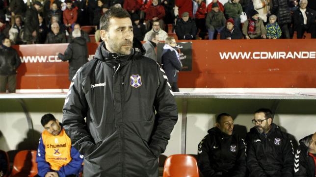 Raúl Agné ha sido destituido como entrenador del CD Tenerife.