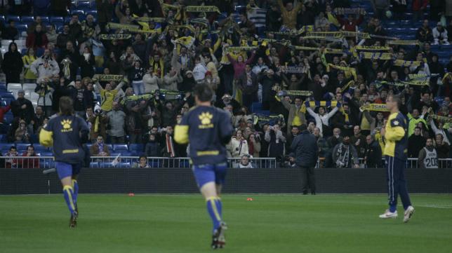 Los aficionados del Cádiz CF en el último desplazamiento al Bernabéu, hace una década.