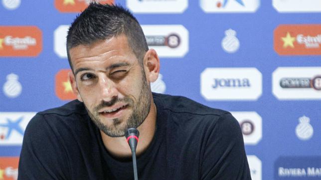 Kiko Casilla, en la rueda de prensa en la que se despedía del Espanyol.