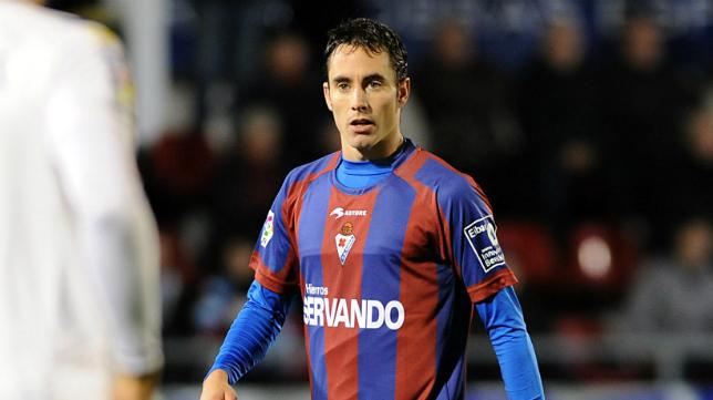 David Mainz defiende ahora los colores del Huesca.