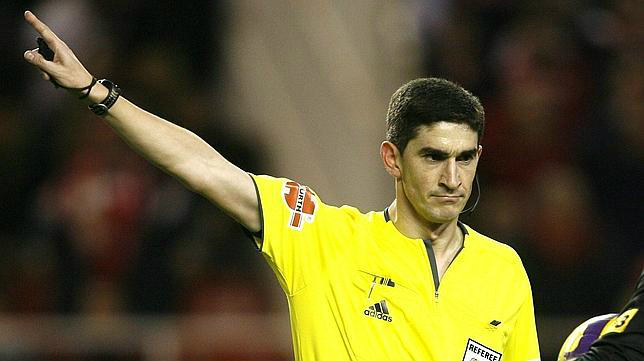 Undiano Mallenco será el árbitro del Cádiz CF - Celta