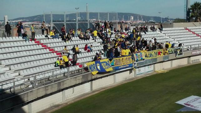 Aficionados del Cádiz CF en el Nuevo Mirador