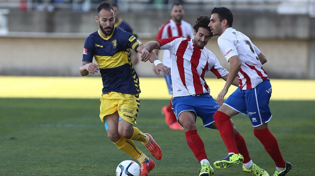 Andrés Sánchez ante el Algeciras