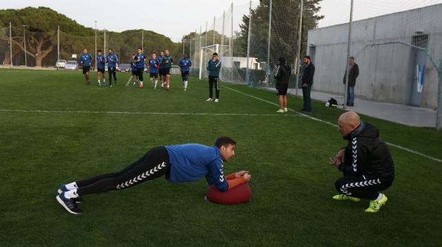 Cifuentes y Claudio, en un entrenamiento en El Rosal.