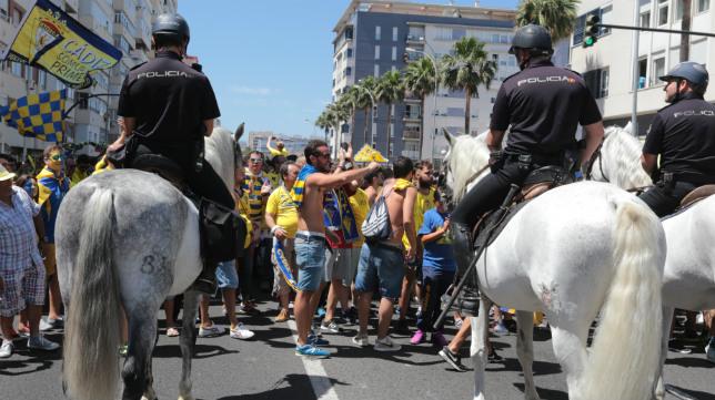 Antiviolencia denuncia que el Cádiz CF no colabora como debiera con la policía.